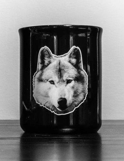 Fekete porcelán bögre