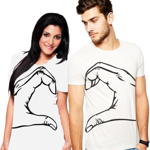 Páros pólók kezek